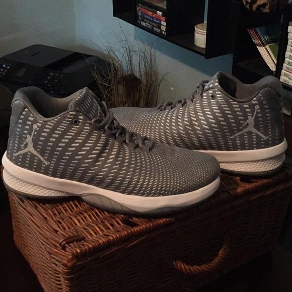 dd379ae314c3b Jordan Other - Nike air Jordan b. Fly basketball shoes 11
